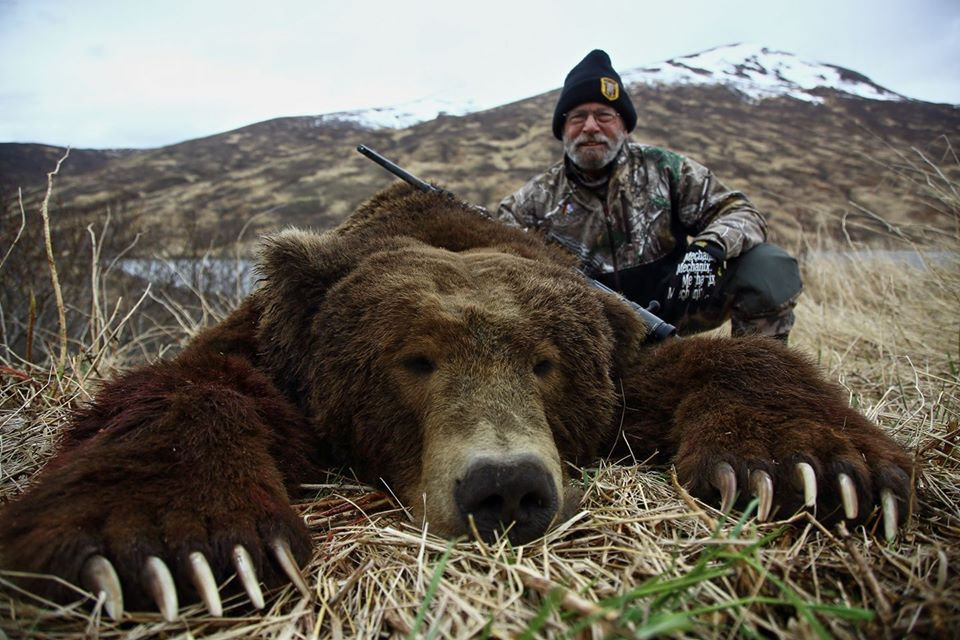 Alaska Bear Hunting with Deltana