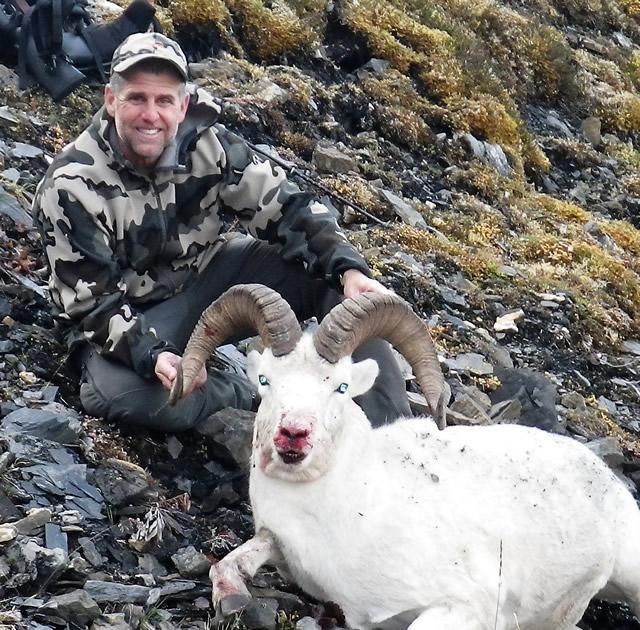 Greg Long with his Dall Sheep 2016