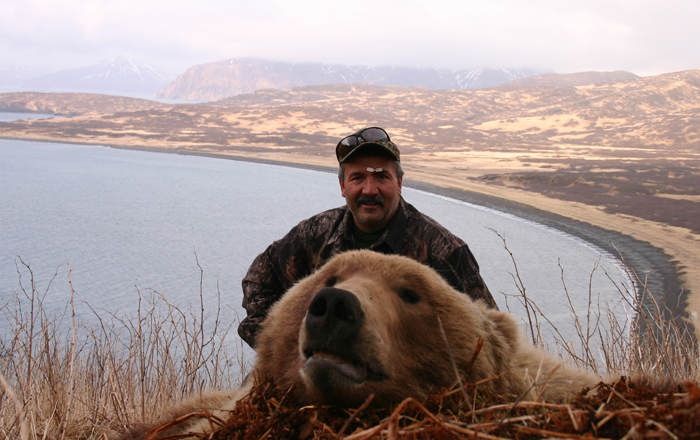 Randy Peters  8.5 Spring Brown Bear 2008